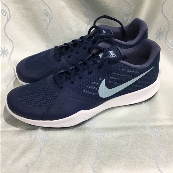 1d301e81a52f Nike Women s City Trainer training shoes